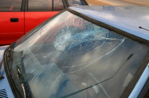 In Woodbeck Auto Part's recent blog post, this Stirling auto recycling facility outlines 3 windshield crack safety tips.